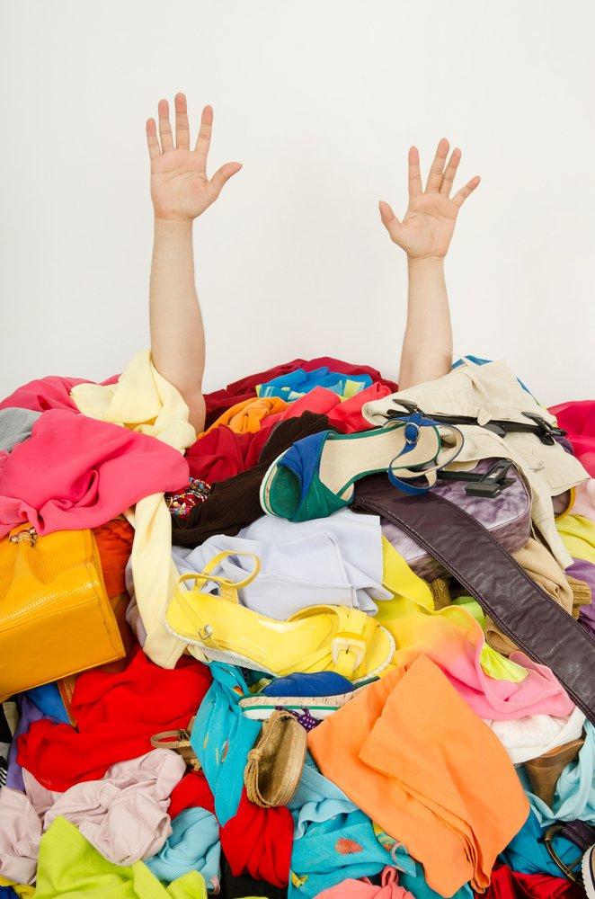 clutter-closet